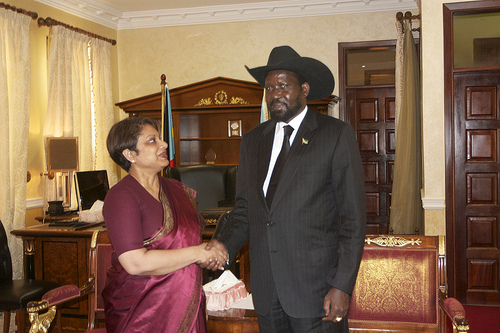 In her meeting with President Salva Kiir, South Sudan's leader reaffirmed to SRSG Coomaraswamy the commitment of the SPLA to release all children from their ranks. UN Photo/T. La Rose
