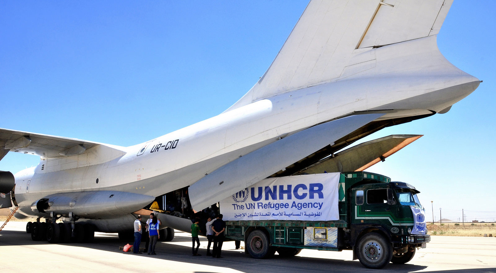 One of the UN refugee agency's  flights from Damascus to the northeast of Syria to bring emergency aid to 50,000 Syrians displaced by the fighting in  2014. UNHCR/N. Khalil