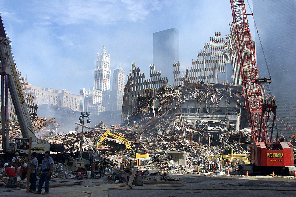 A view of the destruction of the World Trade Center site, 'Ground Zero', resulting from terrorist attacks on New York City, on 11 September 2001. UN Photo/Eskinder Debebe