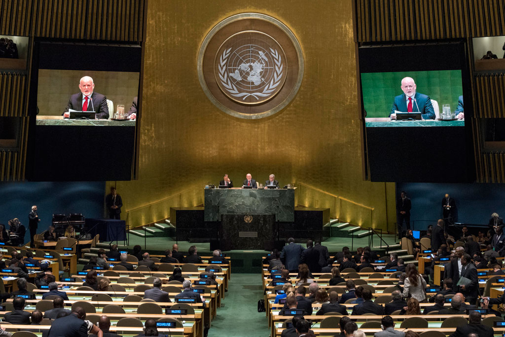 Peter Thomson, President of the UN General Assembly, addresses the opening segment of the UN high-level summit on large movements of refugees and migrants. UN Photo/Cia Pak
