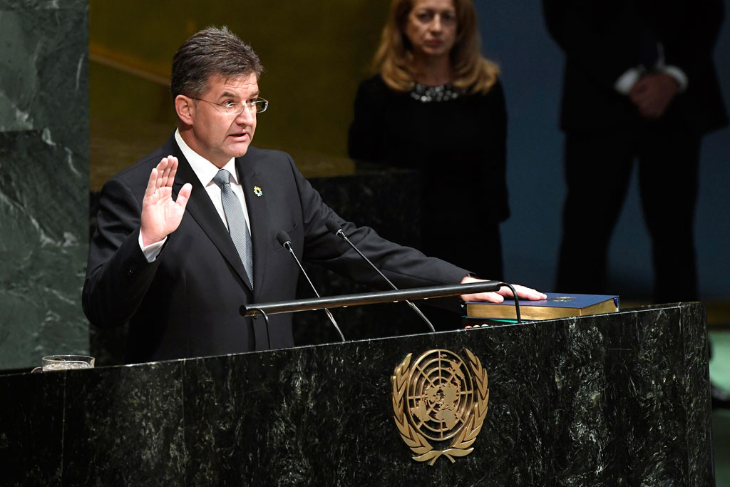 Miroslav Lajčák takes the oath of office as President of the General Assembly. UN Photo/Evan Schneider
