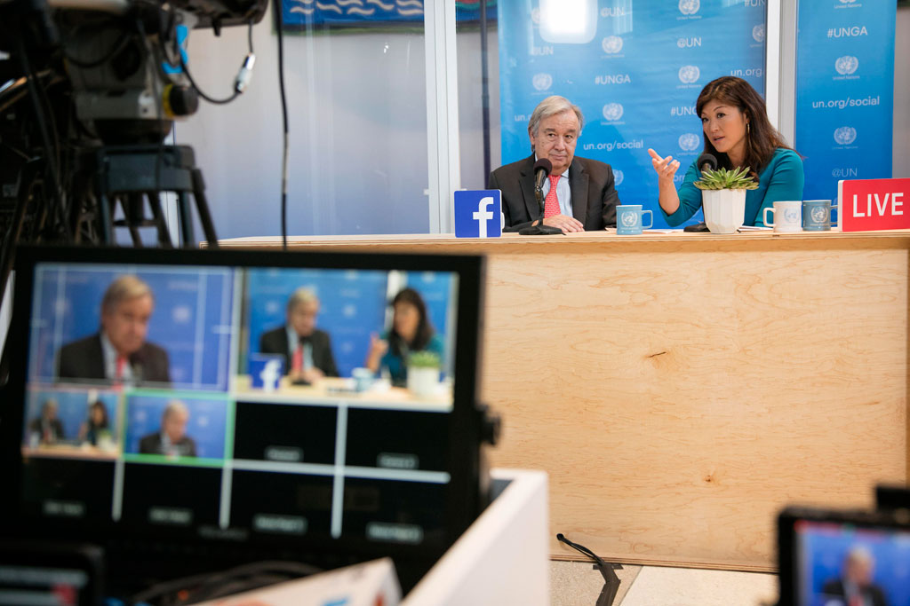 As world leaders began to gather in New York, Secretary-General António Guterres kicked things off by participating in a Facebook Live session moderated by Juju Chang of ABC News. He shared his thoughts on issues such as preventing conflicts, gender equality, what it takes to be a successful diplomat and how individuals can influence the policies that shape the world. UN Photo/Kim Haughton