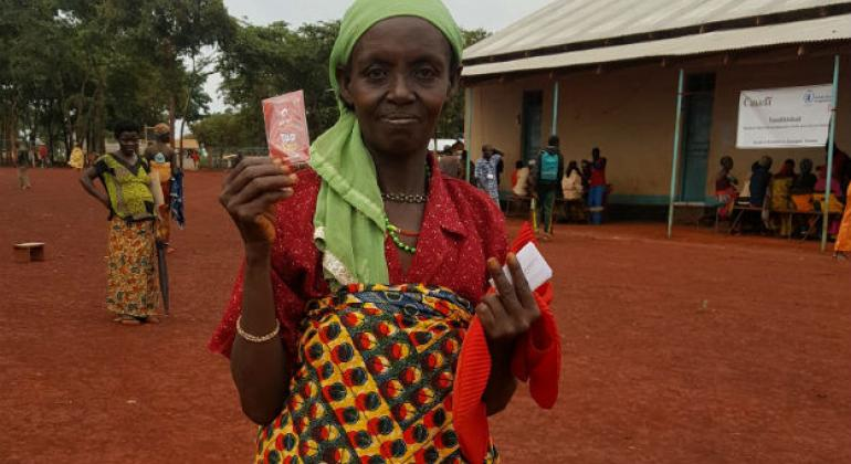 Canada supports WFP cash transfer programme for refugees in Tanzania.