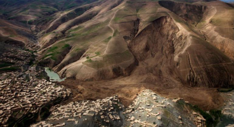 Hundreds of people were killed when a landslide struck in Abi-Barik's Nowabad area in north-eastern Afghanistan following heavy rainfall.