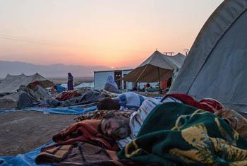 Syrian refugees sleeping at Newroz camp. Situated next to the town of al-Malikyah in Rojava, Syria, Newroz was initially established to shelter Syrians displaced from the ongoing Syrian civil war. © Mackenzie Knowles-Coursin/IRIN