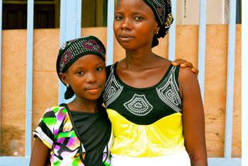 Fatmata and her 11-year-old daughter, Tata, are both survivors of Ebola from Sierra Leone. © UNICEF/NYHQ2014-1059/Dunlop