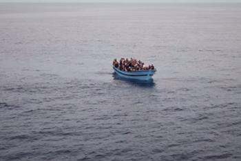Boat carrying migrants - (UNHCR video capture)