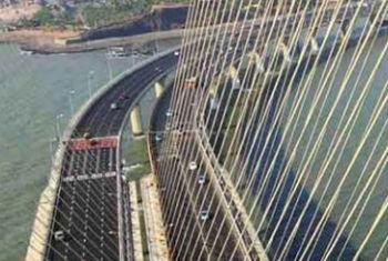 Public-private partnership in building infrastructure in India has been both a blessing and a bother, according to the International Monetary Fund (IMF). File