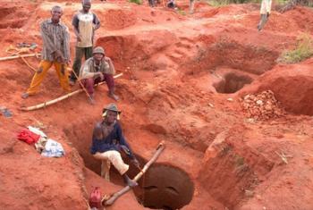 Diamond mining in the Democratic Republic of Congo. File Photo © UNEP (2011)