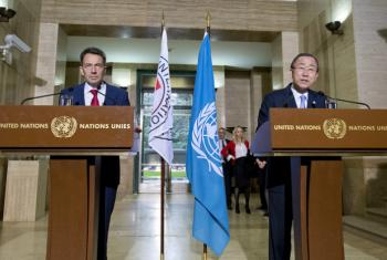 ICRC President Peter Maurer (left) and UN Secretary-General Ban Ki-moon stressed the need to respect international humanitarian law.