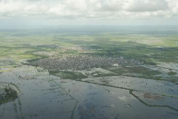An aerial view of flooding in and around Jowhar town, Somalia, in November 2013. AU-UN IST Photo/Tobin Jones