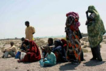 Somali refugees wait on Yemen's Red Sea coast for transport to Aden. File