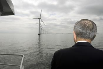 Secretary-General Ban Ki-moon visits the Middelgruden offshore wind farm. The wind farm was developed off the Danish coast in 2000 and consists of 20 turbines. UN File Photo/Eskinder Debebe