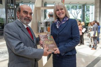 International Year of Pulses (IYP) Special Ambassador Jenny Chandler and FAO Director-General José Graziano da Silva at FAO Headquarters, Rome, Italy.