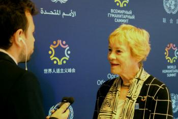 UN Special Adviser Karen AbuZayd is interviewed by UN News Centre's Fabrice Robinet at the World Humanitarian Summit in Istanbul, Turkey, on how to best address the issue of refugees and migrants. 22 May 2016.
