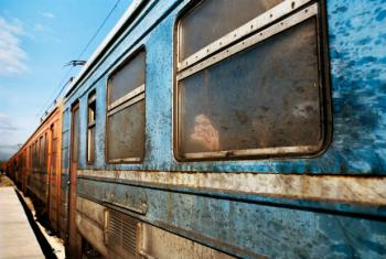 Train heading through the Balkans (2015). The image represents the sense of longing present in many of the refugees from Syria, Iraq or Afghanistan.
