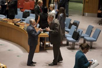 Mohamed Ali Alhakim (left), Permanent Representative of Iraq to the UN, with Ján Kubiš, Special Representative the Secretary-General and Head of the UN Assistance Mission for Iraq (UNAMI), at the Security Council meeting on the situation concerning that c