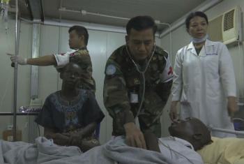 Doctors at a UN Hospital continue to treat the injured in Juba, South Sudan. Image: screenshot of UNifeed/UNMISS