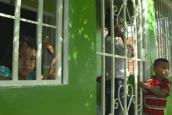 Displaced Colombian Hernando Becerra's family in the rented house.