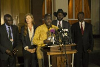 Martin Elia Lomuro, Cabinet Affairs Minister in the Transitional Government of National Unity of South Sudan reads a communiqué after the Security Council delegation met President Salva Kiir. UNMISS Photo/Isaac Billy