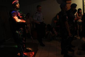 UNPOL and PNTL carried out a special operation aiming at targeting illegal immigrants, human trafficking, drugs in two Dili night bars .