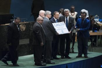 Hand-over ceremony for the #WithRefugees petition.