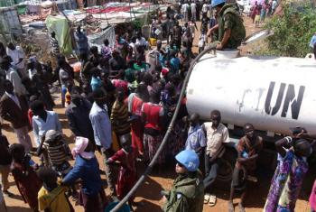UN providing water to civilians in Juba.