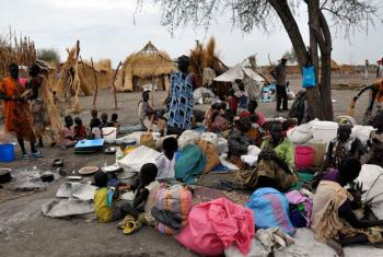 Thousands of civilians have arrived into Aburoc, South Sudan, following the resumption of the government offensive and clashes along the West Bank of the Nile River.