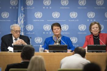 Gro Harlem Brundtland, former Prime Minister of Norway and Deputy Chair of the Elders, addressing journalists. She is flanked by fellow Elders Lakhdar Brahimi (left), former Joint Arab League-UN Special Representative for Syria; and Mary Robinson, former