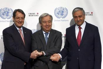 Secretary-General Antonio Guterres ( centre ) with Mustafa Akinci ( right ) Turkish Cypriot leader and Nicos Anastasiades ( left ) Greek Cypriot leader during Cyprus talks. 30 june 2017.