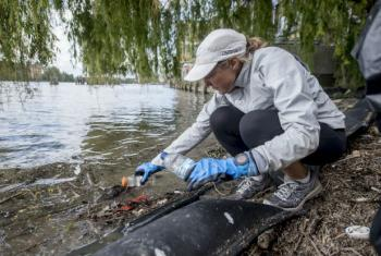 Mina Guli taking part in a clean-up drive along the Thames River during her Six River Run expedition.