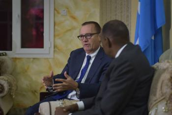 The United Nations Under-Secretary-General for Political Affairs, Jeffrey Feltman, speaks to Somalia's Prime Minister, Hassan Ali Khayre, at his office in Mogadishu, Somalia, on August 24, 2017.