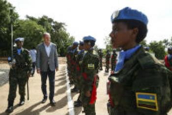 UNMISS chief David Shearer greets members of the Rwandan battalion of the Regional Protection Force (RPF) in South Sudan.