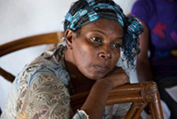 A breast cancer survivor in the Jamaican village of Stewart Mountain waits for a follow-up examination organized by the Jamaica Cancer Society.©WHO/S. Bones