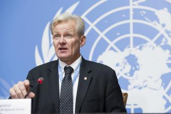 UN Special Advisor Jan Egeland briefs journalists after a Humanitarian Access Task Force meeting in Geneva.