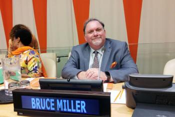 "Bruce Miller, Creator and Executive producer of ""The Handmaid's Tale,"" speaking at the UN International Day for the Elimination of Violence against Women. UN News/Elizabeth Scaffidi"