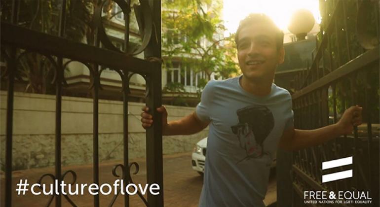 """La campaña de Naciones Unidas Libres e Iguales anima a generar una cultura del amor. Foto: Twitter de la campaña """"Libres e Iguales""""."""
