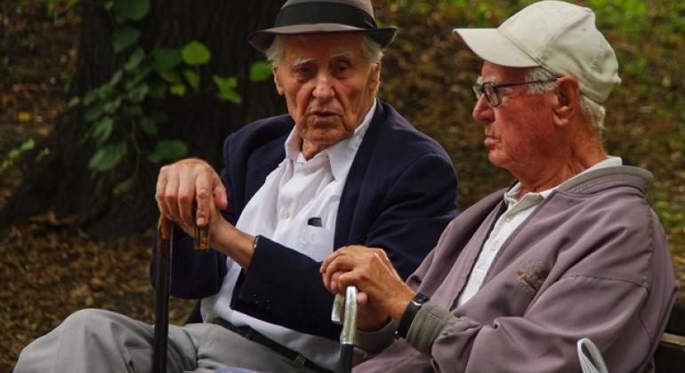 La población de las Américas ha ganado 16 años de vida como promedio en los últimos 45 años, es decir casi 2 años por quinquenio. Ahora una persona que nace en el continente puede aspirar a vivir hasta los 75 años, casi 5 años más que el promedio mundial