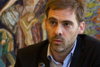 El experto independiente en deuda y derechos humanos del Consejo de Derechos Humanos de la ONU, Juan Pablo Bohoslavsky. Foto: C. Chappat / Biblioteca de la ONU en Ginebra.