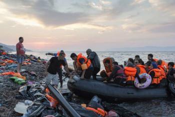 Llegada de refugiados a las costas de Grecia. Foto: OIM/Ivor Prickett