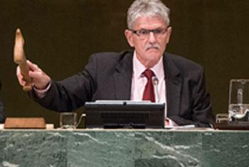El Presidente de la Asamblea General, Mogens Lykketoft, clausura eñ 3 de octubre de 2015 el segmento de alto nivel. Foto ONU/Cia Pak