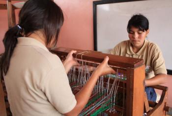 Empleadas en un proyecto local financiado por el Fondo ODS en Honduras. Foto PNUD.