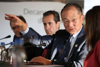 La paz traerá enormes beneficios para Colombia, dijo Jim Yong Kim, presidente del Banco Mundial en su reciente visita a Colombia. Foto Banco Mundial.