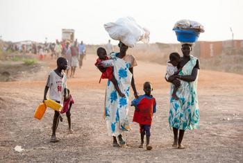 Mujeres y niños son objetivo de ataques devastadores por parte de grupos armados en Sudán del Sur. Foto de archivo: UNICEF/Sebastian Rich