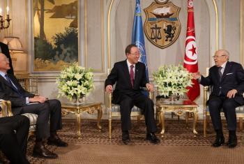 El Secretario General de la ONU y el presidente del Banco Mundial se reúnen con el mandatario tunecino, Beji Caid Essebsi. Foto Banco Mundial © Dominic Chavez