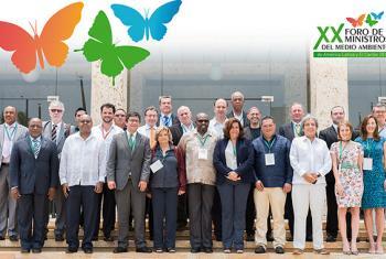 Foto de familia de los ministros de medio ambiente en la reunión de Cartagena de Indias.Foto: PNUMA.