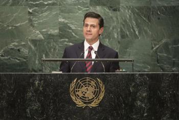 El presidente de México, Enrique Peña Nieto, pronuncia un discurso durante el debate anual de la Asamblea General de la ONU, Foto: ONU/Cia Pak