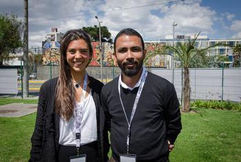 Mercedes Bidart, joven politóloga argentina, y Francisco Sequeira, de Nicaragua, experto en participación juvenil. Foto: Radio ONU/Rocío Franco