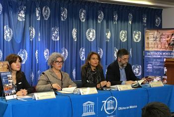 """Presentación del informe """"Diálogos Post-2015 sobre Cultura y Desarrollo"""" con la presencia de Nuria Sanz (2a dcha.),representante de la UNESCO en ese paísFoto: Sistema ONU en México/ Pierre René"""
