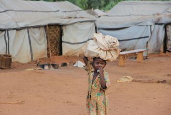Niños desplazados internos en la República Centroafricana. Foto: OCHA/Gemma Cortes.